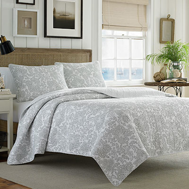 How to Pick the Perfect Bedding with Happily Ever After, Etc.