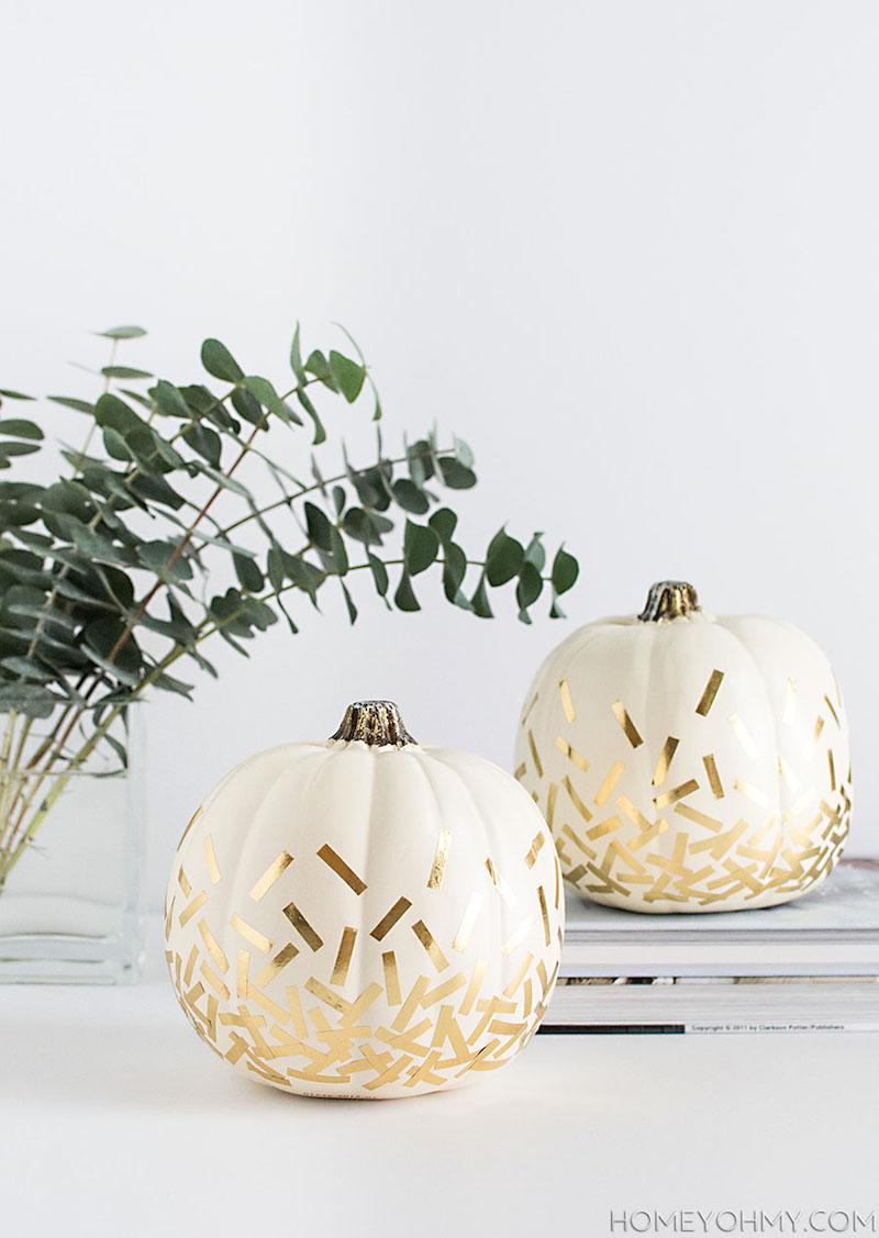 14-diy-gold-confetti-pumpkins