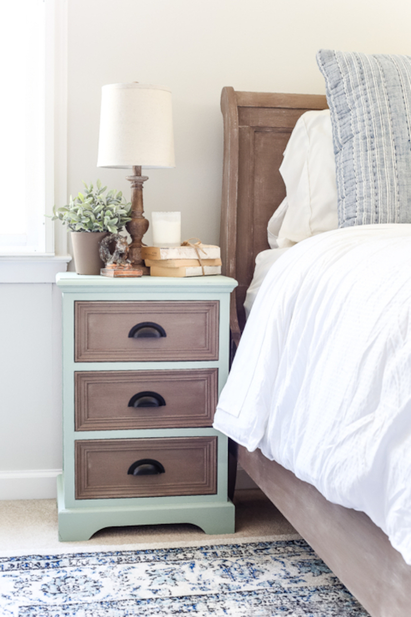 3 Brook-Two-Tone-Nightstands-Makeover-4-of-5-480x720