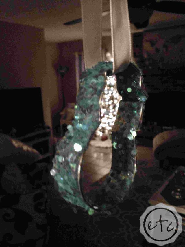 Christmas Cookie Cutter Ornament   Happily Ever After Etc.