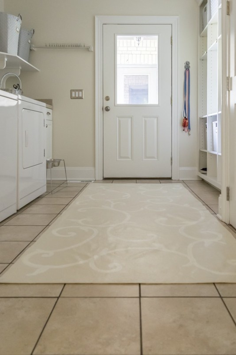6 laundry-room-floor-cloth1