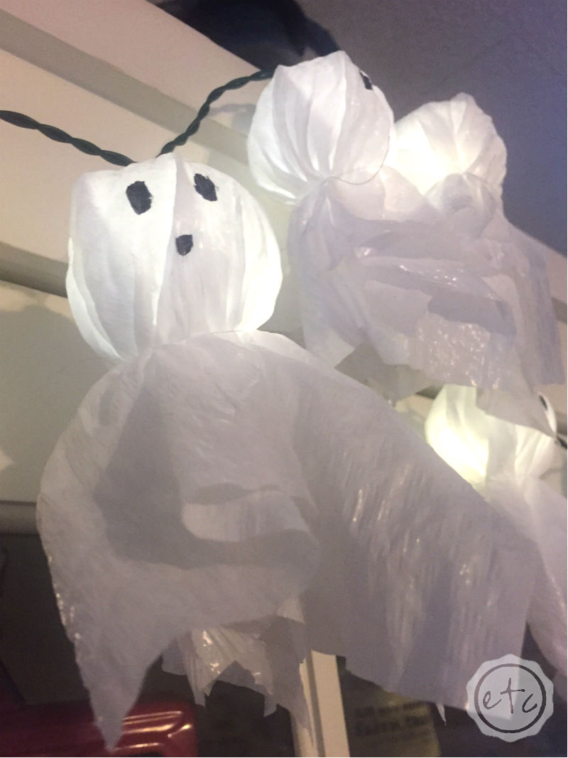 DIY Hefty Trash Bag Mini Light Up Ghosts!