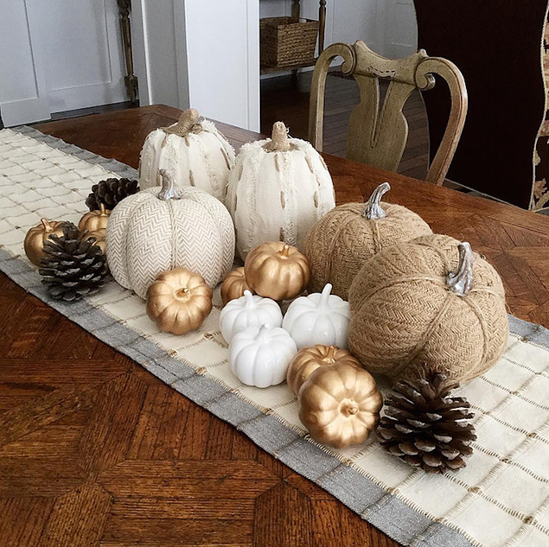 6-neutral-pumpkin-centerpiece-i_heart_home_design-via-instagram