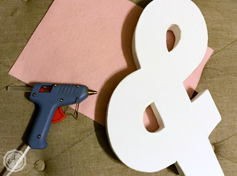 How to Make a Valentine's Day Ampersand
