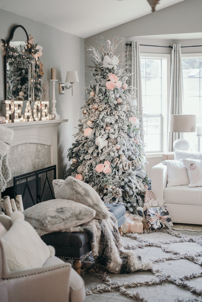 11 gorgeous blush christmas decorations happily ever for Home decorations after christmas