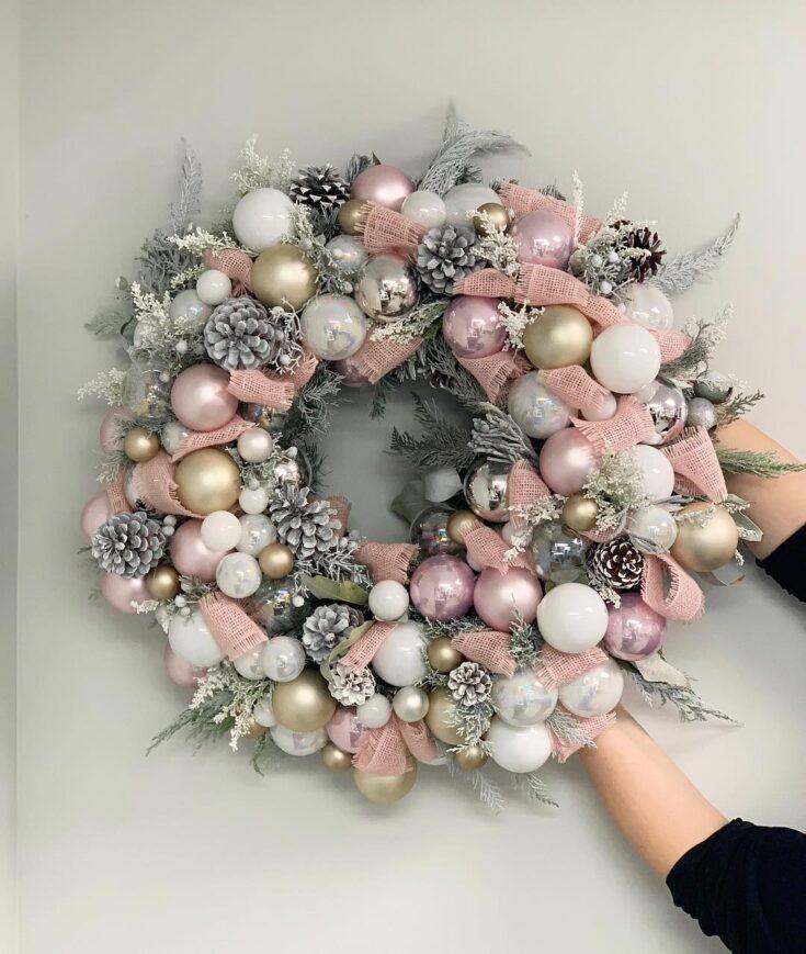 Pine-cone and Ball Ornament