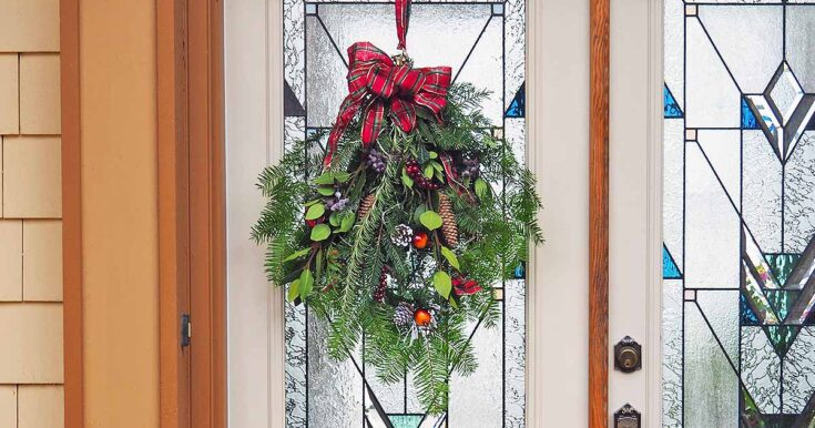 No Time To Make A Christmas Wreath? Try a Swag Instead!