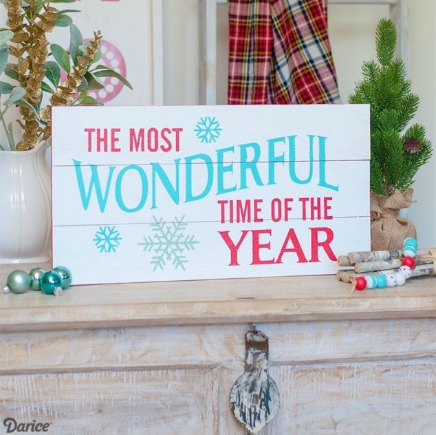 Pallet Christmas Sign Tutorial