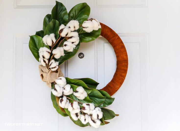 DIY Winter Wreath with Magnolia Leaves